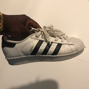 Adidas Superstar Size 5.5 in wmns 4.5 in mens